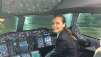 Dev uçağın ilk Türk kadın pilotu