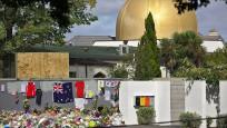 Yeni Zelanda'da saldırıya uğrayan camiler ziyarete açıldı
