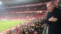 Cumhurbaşkanı Erdoğan milli maçı izledi