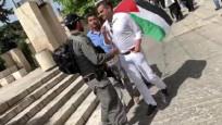 İsrail güçleri Türk kökenli milletvekilini gözaltına aldı