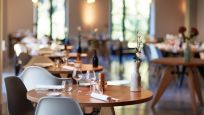 Rusya'da restoranlarda yer ayırtıp gelmeyenlere ceza
