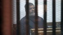 Muhammed Mursi'nin cenazesi toprağa verildi