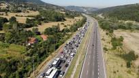 Anadolu Otoyolu'nda trafik yoğunluğu