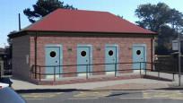 Galler'de cinsel ilişkiyi engelleyecek umumi tuvaletler geliyor: Alarm çalacak, su püskürtülecek