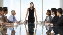 """Kadınlar iş hayatında """"erkek gibi davranmak"""" zorunda hissediyor"""