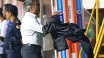 Ersun Yanal maç sırasında çılgına döndü