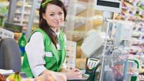Ruslar banka kartıyla marketten para çekilebilecek