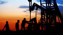 Orta Doğu'daki gerilimlerin sürmesiyle petrol fiyatları yükseldi