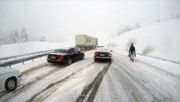 Tahmin sistemleri uyardı İstanbul'da kar başladı!