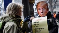 Davos'ta zirve öncesi dikkat çeken protestolar