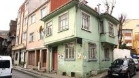 Orhan Kemal'in evi yıkılmak üzere: 'Müze olması lazım'