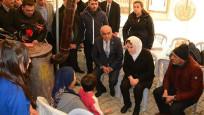 Meral Akşener'den depremzedelere ziyaret