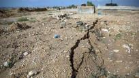 Komşuda deprem: Ülke 5.4'le sallandı
