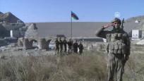 Tarihi Hudaferin Köprüsü'ne Azerbaycan bayrağı dikildi