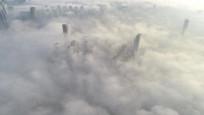 İstanbul'da sis büyüleyici manzaralar oluşturdu