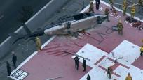 ABD'de donör kalp taşıyan ambulans helikopterin yere düşme anı kamerada