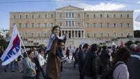 Yunanistan'da memur grevi hayatı felç etti