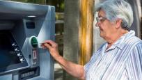 Yaşlılar en çok bankacılık işlemleri için yardım istedi
