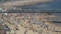 Avrupa'da plaj alarmı: İkinci korona virüs dalgası gelebilir