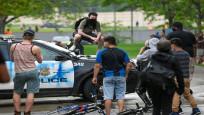 ABD'nin Minneapolis kentinde binlerce kişi polisle çatıştı