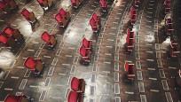 Almanya'da yeni normal: Sosyal mesafeli tiyatro