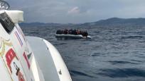 Türk kara sularına itilen 60 sığınmacı kurtarıldı