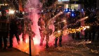New York savaş alanına döndü: 700 gözaltı