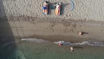 Valilikten plajda yüzmeyene maske zorunluluğu