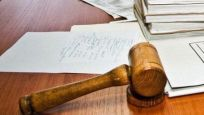 O karar için iki CHP'li üye mahkemeye gitti