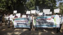 Sudanlı gençler BAE'den özür bekliyor