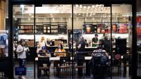 Maskesiz kadına hizmet vermeyen Starbucks çalışanına dev bahşiş