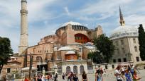 İstanbul Valisi Yerlikaya, Ayasofya Camisi'nde ilk namaz için alınacak önlemleri açıkladı