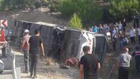 Mersin'de askerleri taşıyan otobüs devrildi!