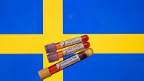 İsveç korona sratejisini gözden geçiriyor
