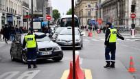 Fransa'da eski Başbakan ve bakanlara salgın soruşturması