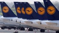 Lufthansa, yönetim kadrosunu azaltıyor