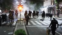 Protestolar bu sefer Sırbistan'da patlak verdi