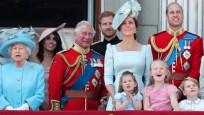 İngiliz Kraliyet Ailesi'ne ait mücevherlerin değeri açıklandı
