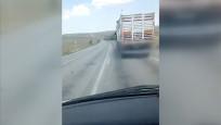 Çankırı'da kamyon sürücüsünün ambulansa yol vermediği anlar cep telefonu kamerasında