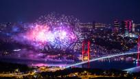 CHP'li belediyeler kutlamalarda havai fişek kullanmayı bırakıyor