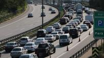 Tatilciler dönüş yolunda: Trafik yoğunluğu yaşanıyor