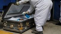 Dünyada korona virüs nedeniyle her 15 saniyede bir kişi ölüyor