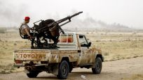 Eş-Şuveyhidi: Libya çölleri Mısır'ı yutar