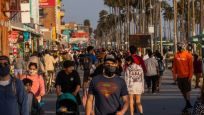 Los Angeles'te parti düzenleyenlerin elektriği kesilecek