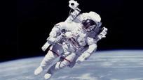 ABD'li astronotlar uzaydan oy kullanacak