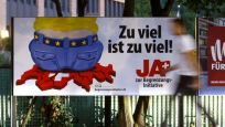 İsviçreliler AB ile serbest dolaşıma devam dedi