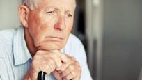 Düşük faiz oranları emeklileri vurdu