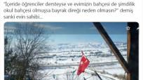 Bakan Selçuk'tan 'evde bayrak direği' paylaşımı