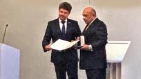 Çekya'dan Ahmet Yüce'ye 'Diplomasiye Üstün Katkı Madalyası'