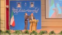 İran'da valiye yemin töreninde tokatlı saldırı